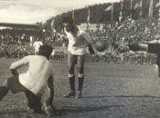La primera edición de la Copa América se desarrolló en 1916 y el país anfitrión fue Argentina.