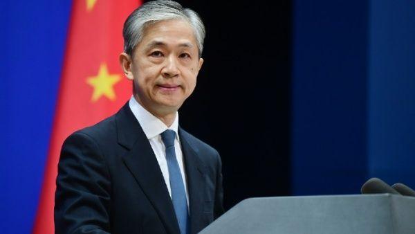 Según el vocero de la Cancillería china, Wang Wenbin, Estados Unidos no busca defender la ciberseguridad, sino mantener a sus competidores abajo y mantener su hegemonía en internet.