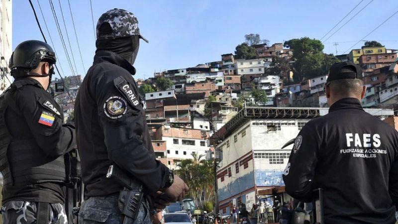 El trasfondo de las acciones de grupos armados en Caracas