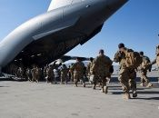 La retirada de las tropas se realiza de manera gradual.