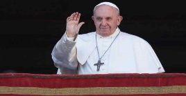 Esta es la primera aparición pública del Papa Francisco desde su operación de colon el pasado domingo.