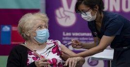 Este domingo el ministro chileno de salud Enrique Paris dio a conocer que la tasa de positividad de casos detectados por examen de PCR alcanzó un 3,4% en las últimas 24 horas.