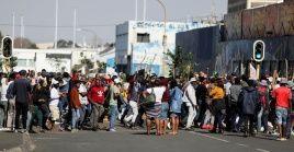 Sudáfrica anunció que está desplegando tropas en dos provincias, incluida Johannesburgo, luego de que los disturbios provocados por el encarcelamiento del ex presidente Jacob Zuma.