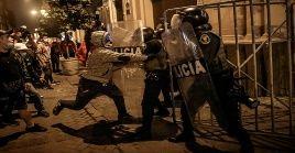 Durante la movilización, los simpatizantes de Fujimori, también agredieron a reporteros y periodistas que cubrían las incidencias.