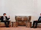 El canciller de China, Wang Yi, trasmitió a Bashar al-Asad felicitaciones a  propósito de su nueva elección como Presidente de Siria.