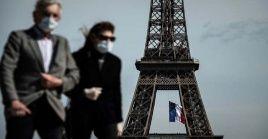 Según las autoridades sanitarias francesas, hasta la fecha 38.184.499 personas han recibido la primera dosis de vacunación, mientras que otras 31.310.025 ya completaron toda la pauta.