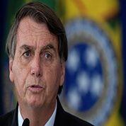 Avergonzado, Bolsonaro saluda a Castillo tras intentar golpearlo