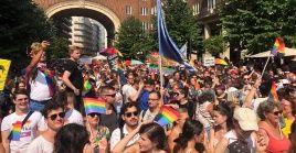 Los húngaros salieron a las calles para protestar contra una política homófoba aprobada por el Parlamento.