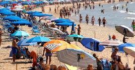 Lamedida asesta golpe en pleno verano al turismo español, sobre todo en Canarias donde los turistas alemanes son clientes mayoritarios.