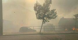 Fueron las llamas las que obligaron a que varias comunidades iniciaran el proceso de evacuación en varias localidades de Canadá y EE.UU.