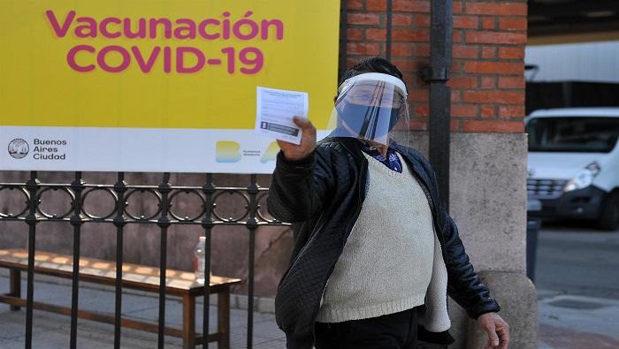 Argentina vacuna a más del 75 % de personas mayores de 18 años