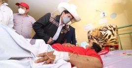 El presidente de Perú, Pedro Castillo, encabeza las acciones en ayuda de las personas afectadas por el temblor.