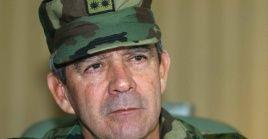La Fiscalía General de la Nación informa que Montoya, quien fuera comandante del Ejército Nacional entre 2006 y 2008, será imputado por homicidio agravado.