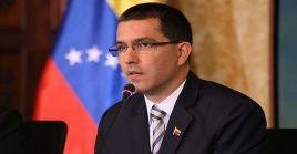 Arreaza denunció que la implica deja en evidencia la posición servil del boque europeo con Estados Unidos (EE.UU.) en cuanto a sanciones que violan el Derecho Internacional.