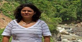 Berta Cáceres fue asesinada el 2 de marzo de 2016 a tiros en su casa por su oposición a la construcción de la hidroeléctrica Agua Zarca en la comunidad del Río Blanco.