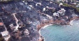 Los incendios en la península del Peloponeso, al sur de Grecia, siguen sin poder ser controlados por los bomberos.