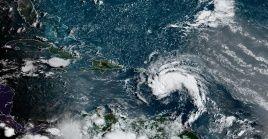 El Centro de Huracanes de EE.UU. informó que la tormenta tropical se moviliza al noroeste del Caribe con una velocidad de 15 millas por hora.