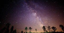 Las Perseidas son lluvias de meteoros procedentes del cometa Swift-Tuttle, el cual fue descubierto en 1862.