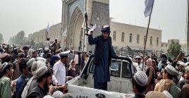 Los talibanes lograron hacerse con el poder en Afganistán en menos de dos semanas.