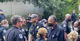 A principios de este mes, fue arrestado frente al Capitolio de los Estados Unidos durante una manifestación en la que pedía al Congreso que pusiera fin al obstruccionismo para apoyar el derecho al voto.