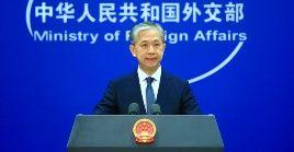 El funcionario chino censuró la política injerencista de EE.UU. en propio beneficio y contra la autodeterminación de los países
