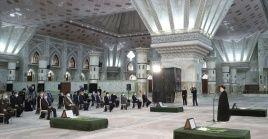 El presidente iraní juró junto a los miembros de su gabinete el mausoleo del difunto fundador de la República Islámica, el Imam Jomeini, su compromiso con los ideales de la nación.