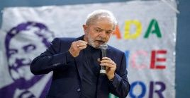 Una encuesta de PoderData señaló por su parte que Lula da Silva tiene el 55 por ciento de la intención del voto.