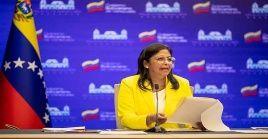 La vicepresidenta venezolana señaló que la responsable de la política exterior colombiana ha hecho gala de una profunda ignorancia de su oficio de canciller.