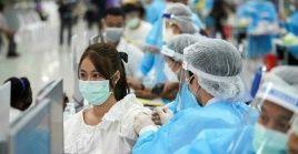 Poco más de 969,7 millones de personas habían sido vacunadas totalmente hasta el fin de semana en el país más poblado del mundo.