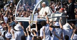 Tras su paso por Hungría, el Papa prosiguió su viaje a la capital de Eslovaquia, Bratislava, donde se quedará hasta el día 15.