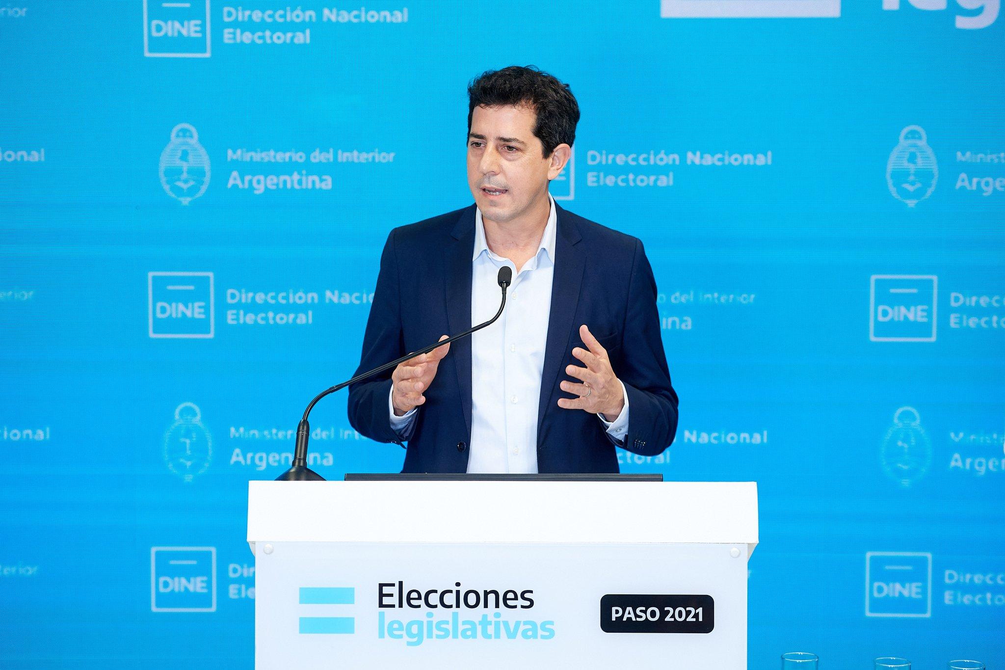 Ministro de Interior de Argentina anunció que ya se dio inicio a la publicación de resultados en el portal electoral.