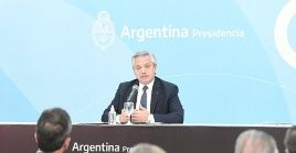 Alberto Fernández agradeció el trabajo realizado por los ministros salientes de cartera ministerial.