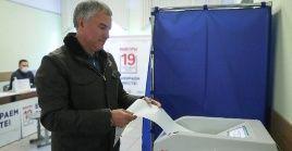 El presidente de la Duma Estatal, Viacheslav Volodin, llamó a los ciudadanos a votar en estos tres días en que abrirán los comicios.