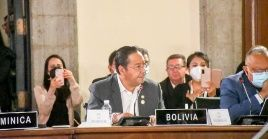 El presidente de Bolivia,  Luis Arce, señaló que la injerencia de la OEA en el golpe de Estado contra Evo Morales es más que evidente.