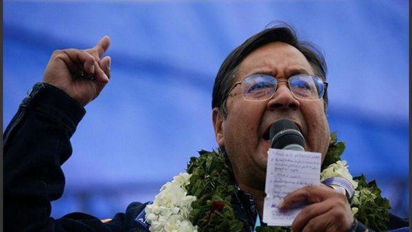 El jefe de Estado boliviano afirmó que su Gobierno devolvió más de 350 millones de USD al FMI.