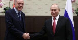 Moscú y Ankara mantienen coincidencia en los principales temas de la agenda mundial, según reconocieron ambos mandatarios desde Sochi.