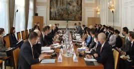 La reunión da seguimiento a acuerdos tomados en la cumbre del 16 de junio pasado entre los presidentes de Rusia y Estados Unidos.