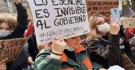 La manifestación culminó con una proclama frente a la Torre del Ejecutivo, sede del Gobierno uruguayo.