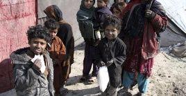 Al menos 38 millones de personas padecen los efectos de la crisis económica afgana.