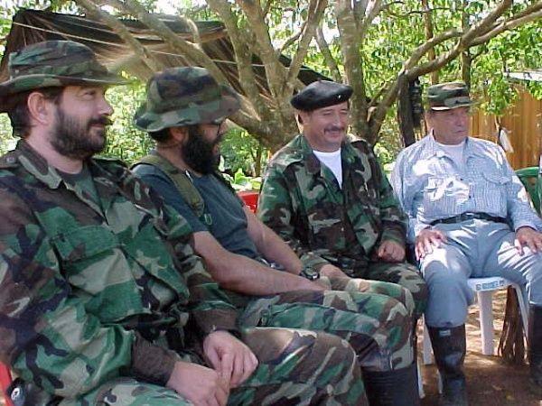 Timochenko, Alfonso Cano, ´Mono´ Jojoy y Manuel Marulanda. Solo Timochenko está en vida.