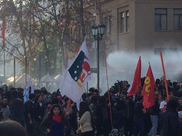 Şili ve Meksika : Neoliberal Eğitim Reformlarına Karşı Direniş Büyüyor