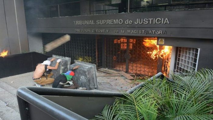 Tribunal twitter