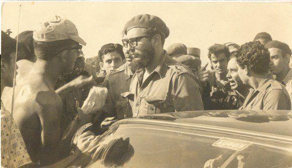 Fidel Castro an der Schweinebucht | Bildquelle: www.telesurtv.net © http://www.fidelcastro.cu | Bilder sind in der Regel urheberrechtlich geschützt