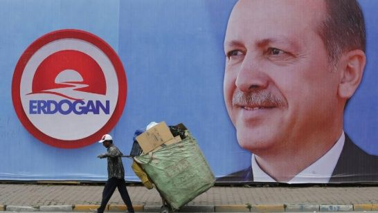 Giant portrait of Prime Minister Erdogan who is running the presidential elections this Sunday. (Photo: Reuters/ Muras Sezer)